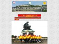 cyclos-randonneurs-chinonais.org
