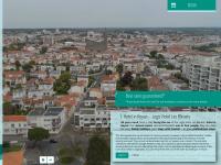 hotel-les-bleuets.com