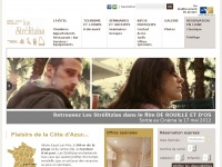 lesstrelitzias.com
